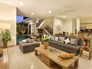 NEW! LUXURY 3 BED VILLA Seminyak/POOL/near beach - Bali vacation rentals