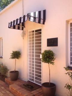 Le Petit Cottage - Johannesburg vacation rentals