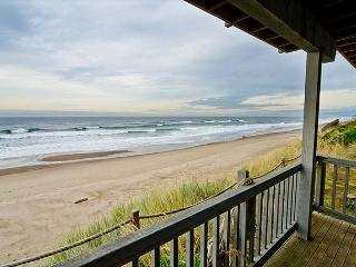 Spacious Oceanfront Elegance with Hot Tub and Private Beach Access! - Gleneden Beach vacation rentals