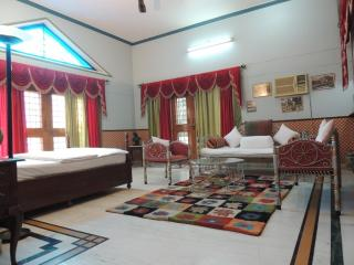 KUNJPUR GUEST HOUSE - Allahabad vacation rentals