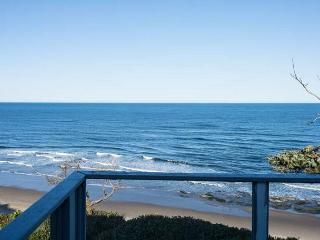 An Oceanfront Oasis located in the Heart of Lincoln City. - Lincoln City vacation rentals
