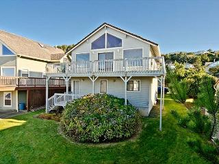Spacious Great Room and Two King Bedrooms in this Roads End Ocean-view Home - Lincoln City vacation rentals