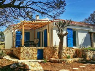 Beach house Adriana - Lun vacation rentals