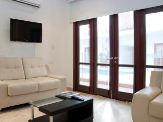 Charming 1 bedroom in the Old City - Cartagena District vacation rentals