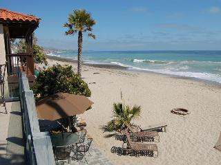 157U - The Whale Rock House.- 3 Bed, 3 Bath, Sleeps 6 to 16 from $3150 - Orange County vacation rentals