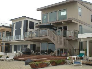 Large Family Beach House-Sleeps 10 (or 18 if rented with upper) 065 - Orange County vacation rentals