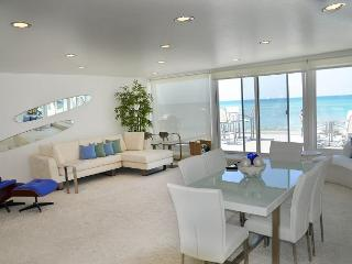 Modern Beach Condo on the Sand - Sleeps 6 to 12 (067U) - Dana Point vacation rentals