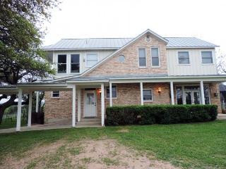 Hill Country Vista Ranch - Comfort vacation rentals