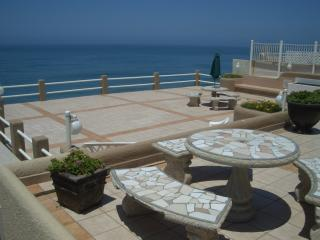 Oceanfront Privacy - Amazing Feel! - Rosarito Beach vacation rentals