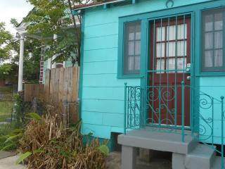 Lucky Horse Shoe Cottage - Louisiana vacation rentals
