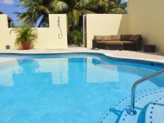 Bubali Gardens: Palm Casita - Aruba vacation rentals