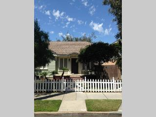 Bungalow style beach house - Long Beach vacation rentals