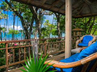 Your Tropical Beachfront Island Getaway! - Roatan vacation rentals