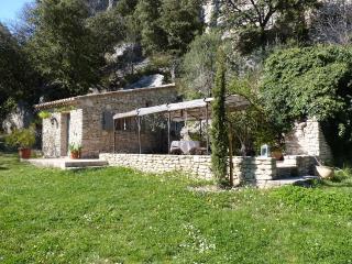 LA BAUMO 1  Ferienhaus / cottage / 2 Pers. / Hund - Luberon vacation rentals