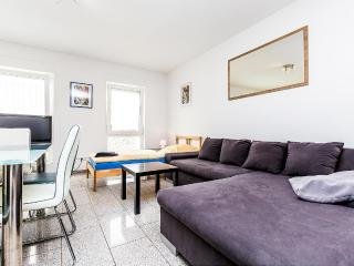 12 Holiday apartment cologne, 2bedrooms, garden - Cologne vacation rentals