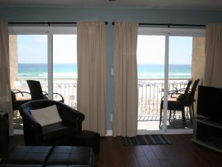 TOP FLOOR GULF FRONT NEWLY REMODELED  -BCH SERVICE - Fort Walton Beach vacation rentals