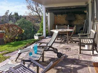 Spacious apartment on the Basque Coast, with sunny terrace, lush garden - Ciboure vacation rentals