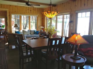 *Torch Lk Cottage +Free Stay in Traverse City - Northwest Michigan vacation rentals