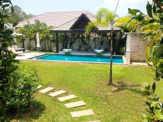 Pleasant 3 Bedrooms Pool Villa Rawai - Rawai vacation rentals