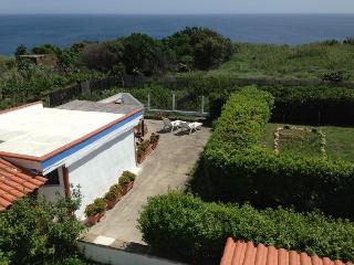 bungalow il remo, silenzio e natura - Ventotene vacation rentals