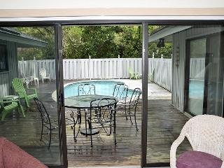 8 Old Military Road- 3 Bedroom Home Plus a Bonus Room - Hilton Head vacation rentals