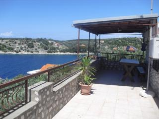 House 1st floor 2 bedrooms sea view terrase - Vela Luka vacation rentals