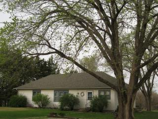 NorthShore GuestHouse LLC - Kansas vacation rentals