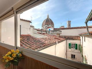 Small but lovely apartment with a fabulous view ov - Florence vacation rentals