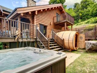 Grand Manitou 7 bedroom 5 bathroom Waterfront - Mont Tremblant vacation rentals