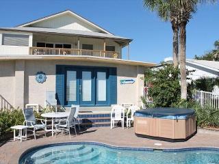 Atlantic View, Pet Friendly, 5 Bedroom, 3 Bath, Sleeps 16, Private Pool, Hot - Crescent Beach vacation rentals