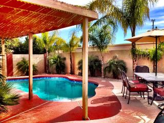 Pick Me! Mint Ahwatukee Phoenix Home. Senior Frien - Phoenix vacation rentals