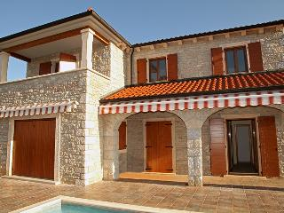 Villa Begonia, private with large swimming pool - Istria vacation rentals