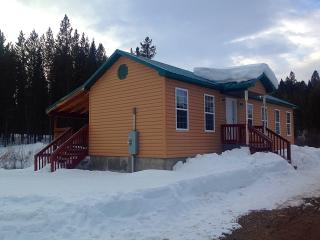 Creekside Cottage *Affordable Yellowstone Cabin* - Island Park vacation rentals