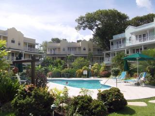 Margate Gardens, opp Boardwalk, Beach, and Tapas! - Christ Church vacation rentals