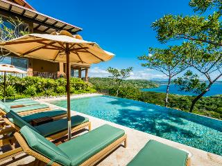 10% Off-CHRISTMAS & NEW YEARS- A.Palmer Golf&Club - Gulf of Papagayo vacation rentals