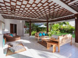 Wonderful, spacious villa 5 mn. from Echo Beach - Canggu vacation rentals