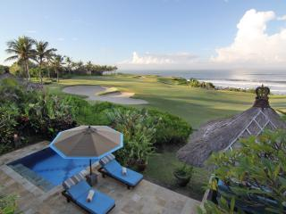 Sunset Golf, 3BR Tanah Lot - Tabanan vacation rentals