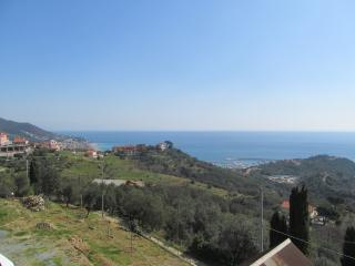 Amazing New 2BR in Varazze - Best SeaView - Varazze vacation rentals