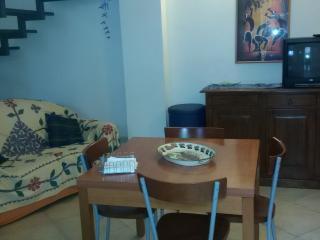 Casa del porto 2,bilocal mq 80 - Marinella di Selinunte vacation rentals