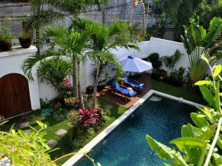 1 Villa Luxury 3 BR - Bali vacation rentals