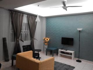Kuala Lumpur South 3 Rooms Apartment with Security - Selangor vacation rentals
