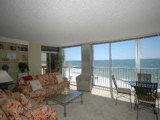 Shoreline Towers 1041 Stunning Emerald Green Water View and Amazing Sunsets. - Destin vacation rentals