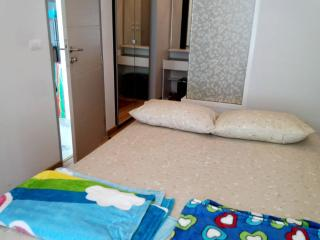 Deluxe Room in Supreme Area - Bangkok vacation rentals