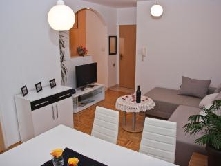 Split style 2BD apartment - Split vacation rentals