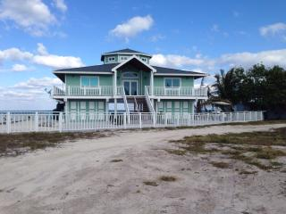 Paradise found in South Bimini, Ocean Front 3/3 - Alice Town vacation rentals