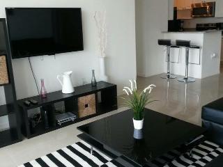 Luxurious and modern apartment Sunny Isles Beach - Sunny Isles Beach vacation rentals