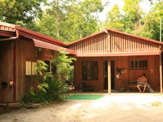 Total Tropical Bliss - Mena Creek vacation rentals