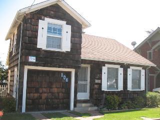 108/Seabright Views *WALK TO BEACH* - Santa Cruz vacation rentals