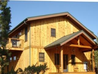 2 bedroom Mountain View Cabin Near Sisters Oregon - Sisters vacation rentals
