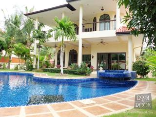 Villas for rent in Hua Hin: V6014 - Prachuap Khiri Khan Province vacation rentals